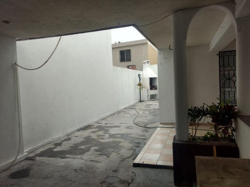 Casa En Venta En Cerradas De Anáhuac