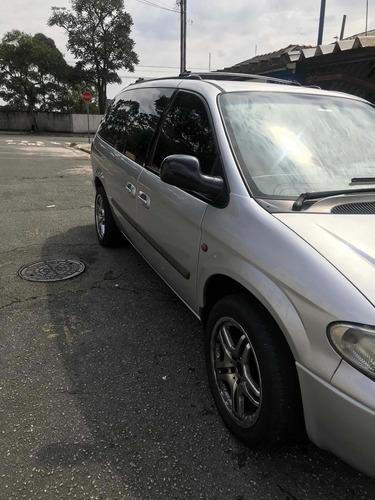 Imagem 1 de 11 de Chrysler Grand Caravan 2006 3.3 Se 5p