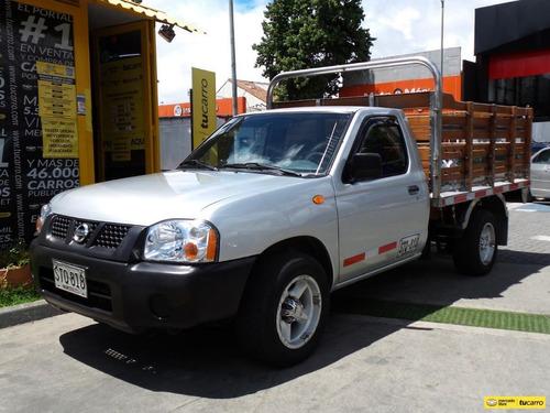 Nissan Frontier D22 Estacas 4x2 Gasolina