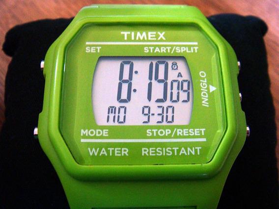 Reloj Timex T80 T2n245 Moda Actual Tamaño Gigante.