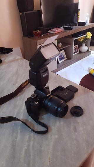 Câmera Nikon D3100 + Lente Original 18-55mm + Flash + Case