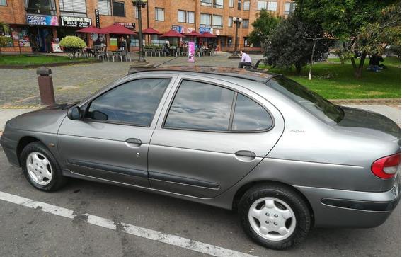 Renault Megane. 1.6 - 16v . Mod .2000. 4puertas. Km 162.820