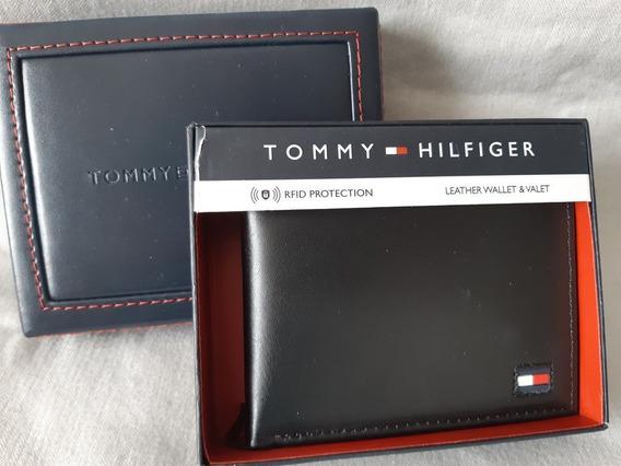 Carteira Masculina Couro Tommy Preta - 31hp220033