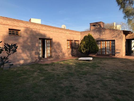 Casa 1 Sola Planta En Venta Valle Escondido 3 Dormitorios