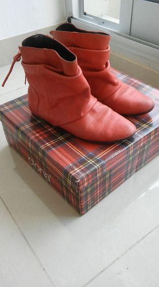 Botitas Chatas De Cuero Rojo Clona, Talle 35