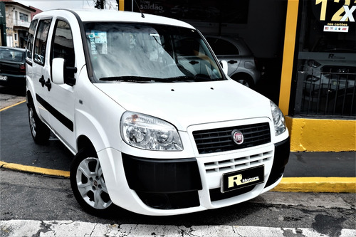 Fiat  Doblo  2017  1.8 16v Essence 7l Flex 5p