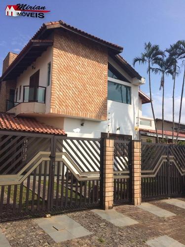 Imagem 1 de 19 de Sobrado Com 3 Dormitórios Sendo 2 Suite Em Bairro Nobre De Peruíbe. - Ca01174 - 34703278
