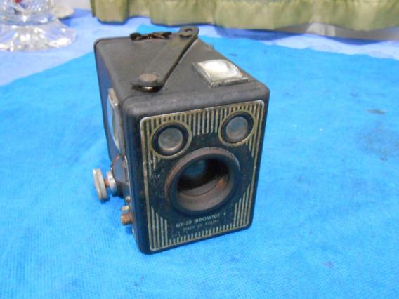 Antiga Maquina Fotografica Marca Brownie Box