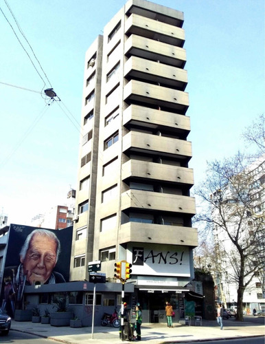 Apartamento Impecable En Constituyente 1d 17500