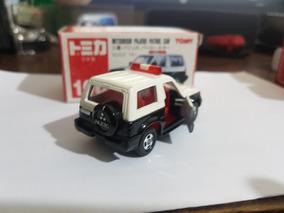 Takara Tomy Tomica 106 - Mitsubishi Pajero Patrol Police