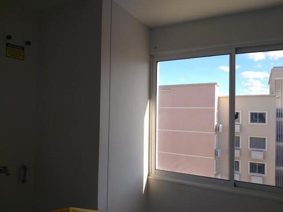 Apartamento En Venta En Ciudad Roca Barquisimeto 20-1885 Nd