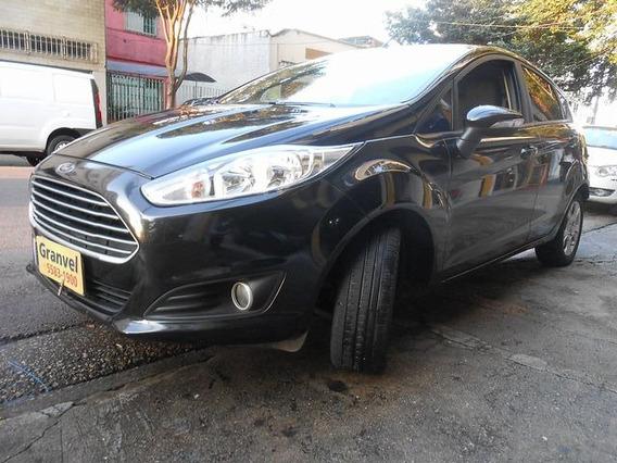 Ford Fiesta 1.6 Se Plus Hatch 16v Powershi 2014