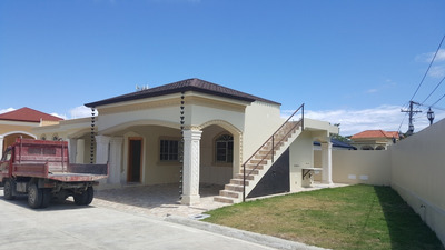 Casa En Venta Con Financiamiento Disponible