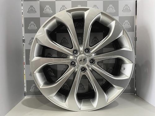 Imagem 1 de 4 de Jogo Roda Hyundai New Sonata 20 5x114 Hiper Prata Presenza