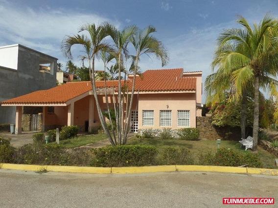 Casas En Playa Moreno, Isla De Margarita