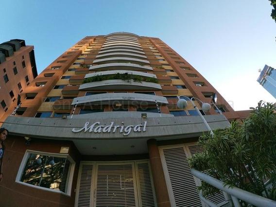 Apartamento En Venta , Bello Monte Caracas Mls #20-8917