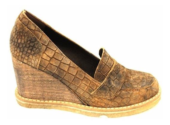 Zapato Descarne Croco Mujer Art 2346. Marca Lola Roca