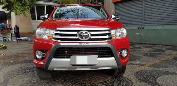 Toyota Hilux 2.7 Srv Cab. Dupla 4x4 Flex Aut. 4p 2017