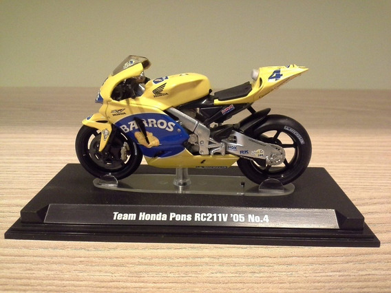 Miniatura Moto Alex Barros Honda 2005 Tamiya Escala 1:24