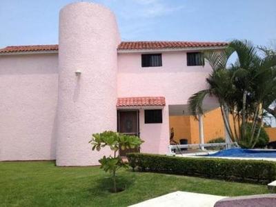 Renta De Casa Amueblada En Temixco, Morelos (frente A Fracc. Burgos)