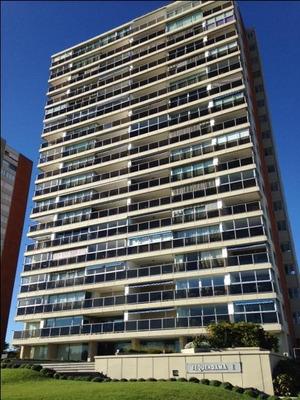 Apartamento Residencial À Venda, Mansa, Punta Del Este. - Ap17850