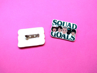 Prendedor Stranger Things Pin Squad Goals Eleven