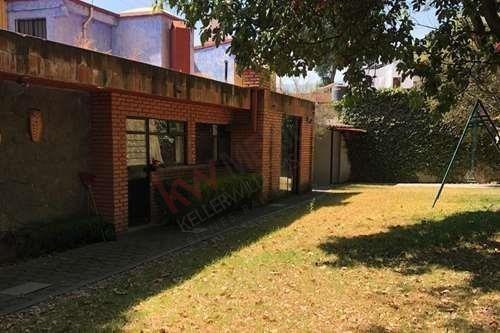 Casa Para Actualizar En San Jerónimo Lídice (oportunidad)