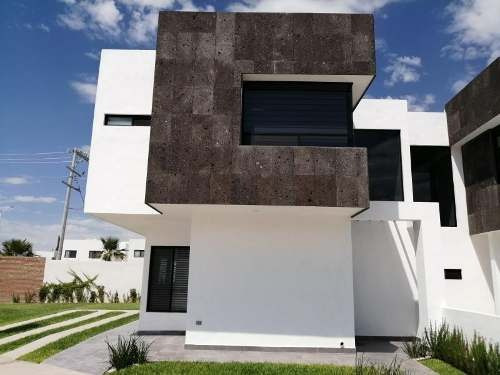 Casa En Venta En Fracc. Villas De Las Palmas (viñedos), Torreón
