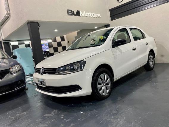 Volkswagen Voyage Confortline 2015 Con Gnc