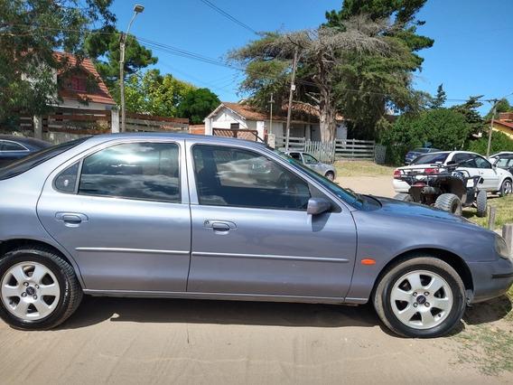 Ford Mondeo 2.0 Ghia 1999