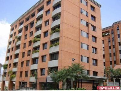 Código # 928 Apartamento Alquiler En Lomas De Las Mercedes.