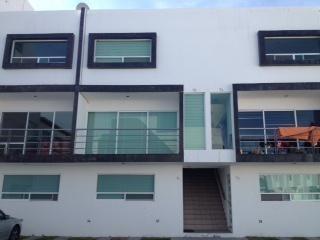 Departamento En Renta/venta En El Fracc. El Mirador En Qro. Mex.