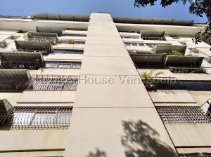 Apartamento En Venta Prebo I Valencia Código 20-9043 Polo