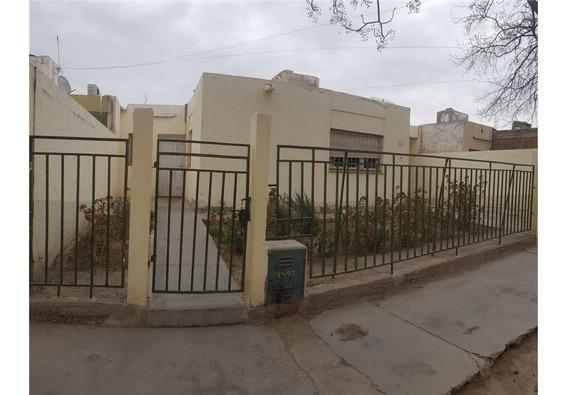 Casa En Santa Lucia - Bº Balcarce, 3 Habitaciones
