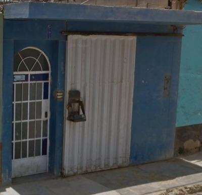 Casa De 3 Ambientes Y 2 Baños - Negociable