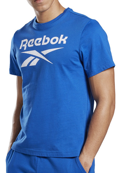 Remera Reebok Training Stacked Hombre Fr