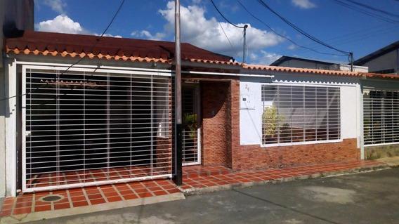 Dvm 20-4355 Se Vende Esplendida Casa En La Morira 1 Maracay.