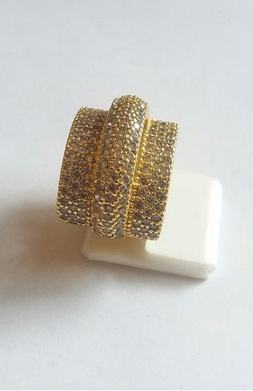 Anel Banhado A Ouro 18k Com Pedras De Zirconia