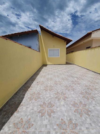 Casa Geminada 2 Quartos,1 Suíte,4 Vagas De Garagem 786