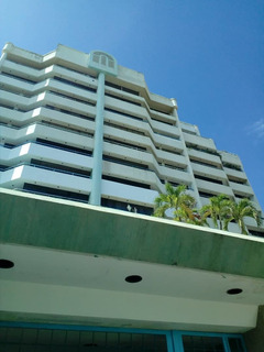 Apartamento En Venta En Caraballeda Mariana Mar Av-cll022