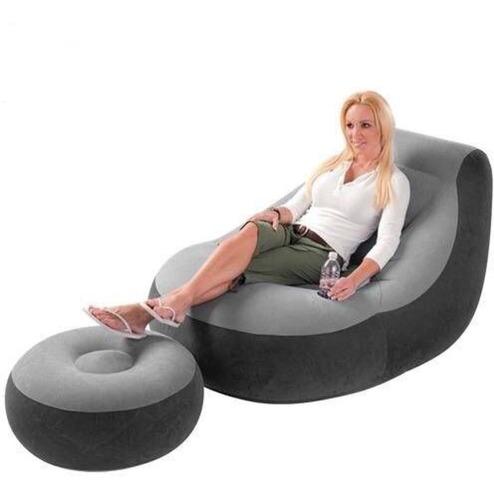 Poltrona Inflável Ultra Lounge Com Pufe  Cinza E Preto