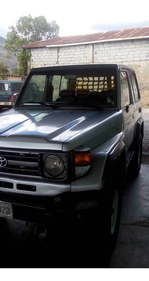 Toyota Machito 4.5
