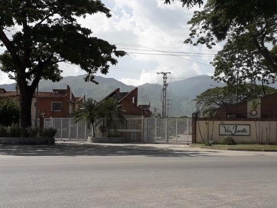 Townhouses, En Venta Cod 392306 Hilmar Rios 04144326946