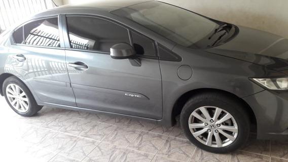 Honda Civic 2014- Cinza Metálico 1.8 Manual Lxs R$ 42.000,00