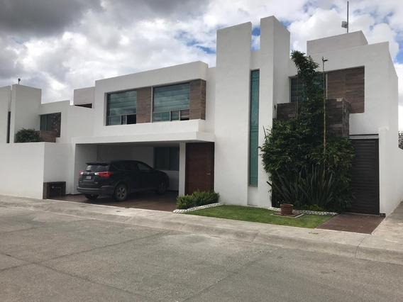 Casa Residencial En Renta , Fraccionamiento La Cantera
