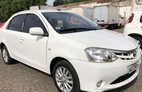Toyota Etios 1.5 16v X 4p