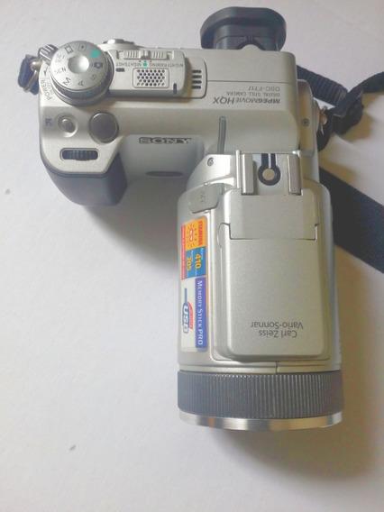 Câmera Fotográfica Cibershot Sony F717