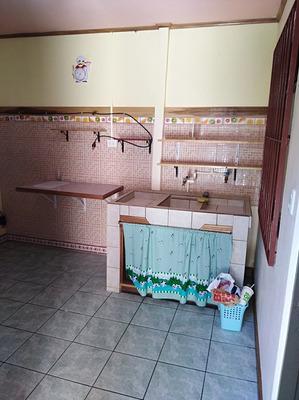 Apartamento Para Una Persona, Un Cuarto, Cocina,
