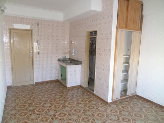 Apartamento Em Estação, São Pedro Da Aldeia/rj De 20m² 1 Quartos À Venda Por R$ 75.000,00 - Ap106923
