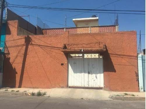 Venta De Casa En Valle De Chalco (col. Santiago)